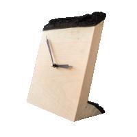 Часы настольные из древесины сосны горизонтальные